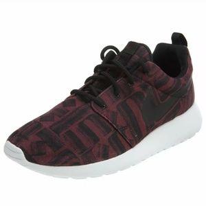 Nike Roshe Maroon Print Sneakers Sz 9